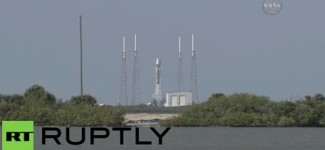 SpaceX histroic rocket landing on drone ship in Atlantic ocean (Full mission)